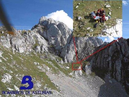 Herido un joven de 29 años tras sufrir una caída cuando estaba escalando en los Picos de Europa