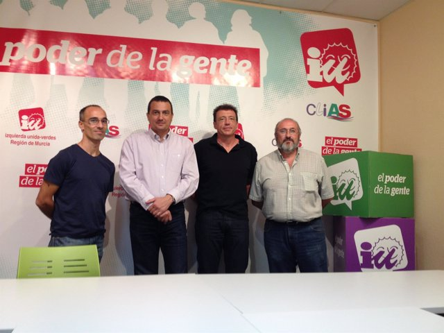 IU-Verdes se reúne con la Plataforma en defensa del Aeropuerto de San Javier