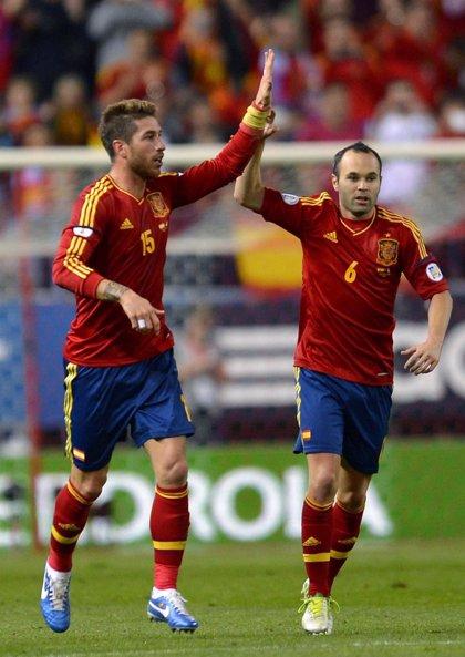 Iniesta, Ramos y Diego Costa, finalistas al FIFA Balón de Oro
