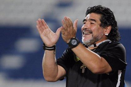 Maradona, completamente borracho, pega a su novia... ¡ Y aparece el vídeo!