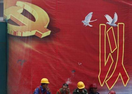 """El Partido Comunista chino alerta de """"fuerzas externas"""" en Hong Kong"""
