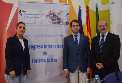 Turismo.- La Junta destaca el potencial desestacionalizador del turismo activo, que atrae a más de un millón de turistas