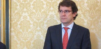 """Fernández Mañueco apunta que el PP exigirá la devolución de actas institucionales """"si se confirman estos hechos"""""""