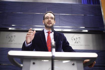 """El PSOE ve """"razonable"""" que Aguirre pida perdón """"incluso de rodillas"""" por haber confiado en Granados"""