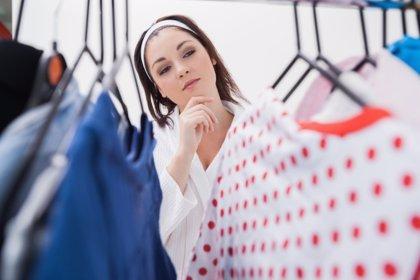 Consejos para vestir bien con unos kilos de más