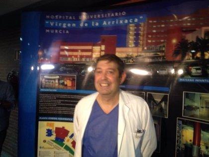 """Coordinador de protocolo ve """"poco probable"""" que el joven ingresado en la Arrixaca (Murcia) tenga ébola"""