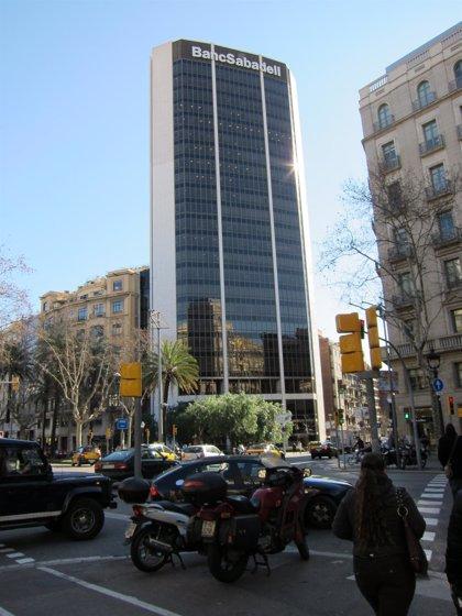 Economía/Finanzas.- (Ampliación) Banco Sabadell gana 265,3 millones hasta septiembre, un 42,5% más