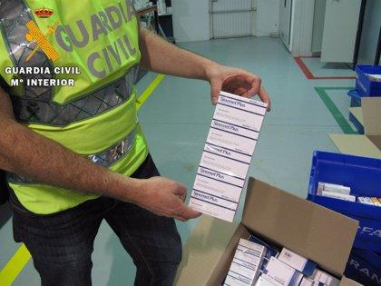 Registros en Granada y Málaga a la mayor red de contrabando de fármacos para su exportación