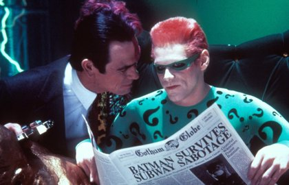 Tommy Lee Jones odiaba a Jim Carrey en Batman Forever
