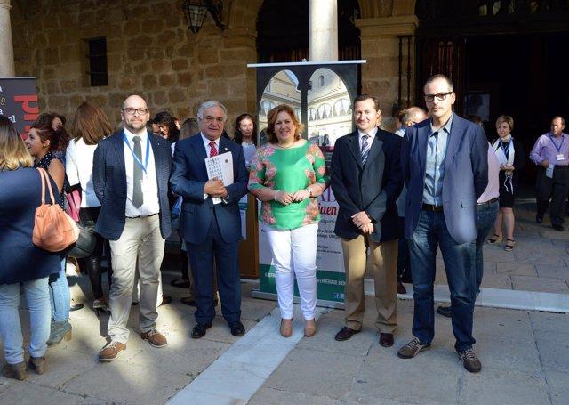Participantes en la inauguración de la II jornada '#enferjaen'.