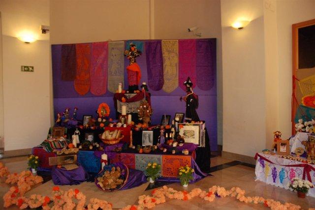 EL ALTAR DE MUERTOS 2014 EN EL MUSEO DE AMERICA
