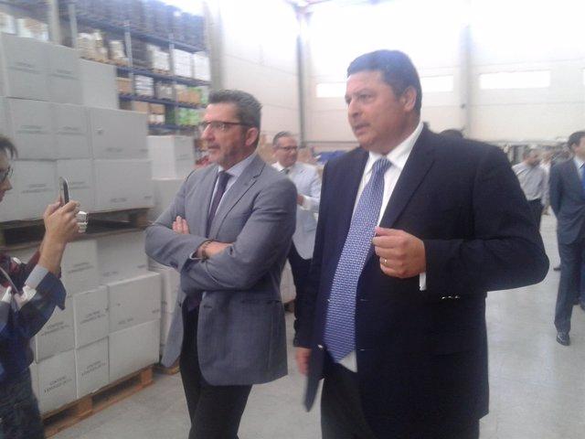 Gutiérrez Limones anima a los empresarios a unirse a la industria