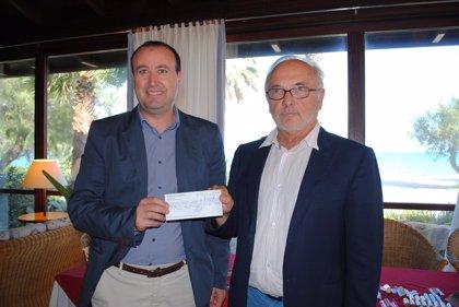 Club Pollentia Resort aporta 6.000 euros al Govern para la conservación de la Reserva Natural de s'Albufereta