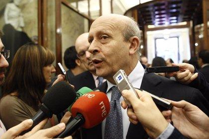 """El Gobierno no ha pagado los Premios Nacionales final de carrera 2011 porque un """"interesado"""" presentó alegaciones"""