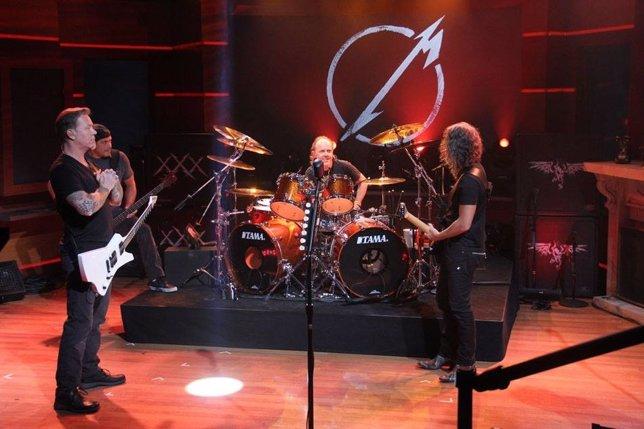 Metallica tocará en la Antártida