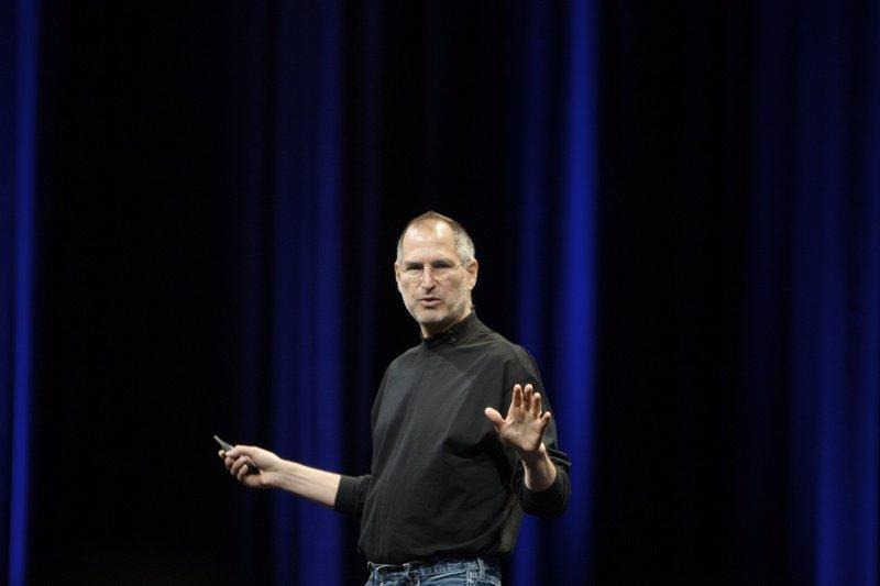"""Steve Jobs explica cómo manipular a la gente y """"conseguir lo que quieres"""""""