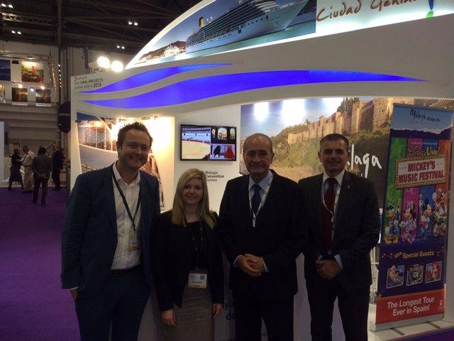 El alcalde de Málaga, el edil de Turismo (andrade) y Monarch Airlines WTM London