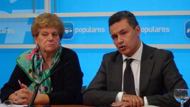 Escobar y Bravo,en la rueda de prensa