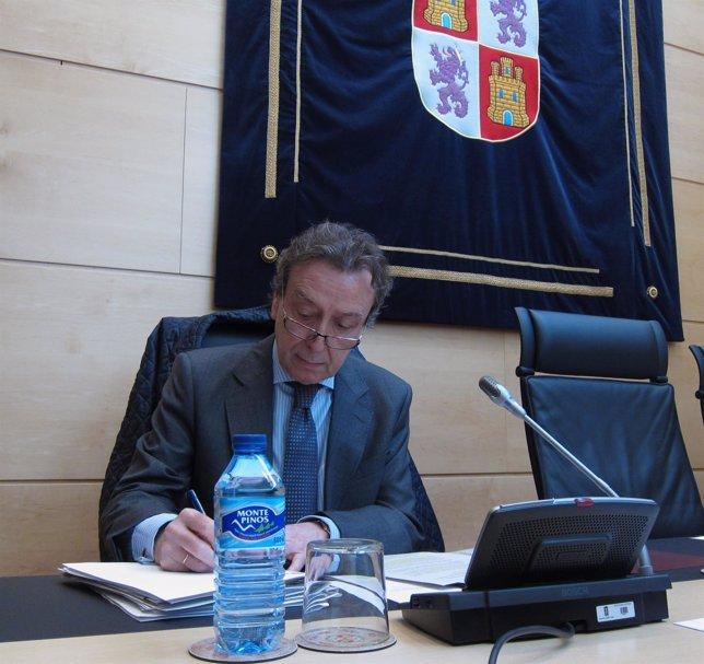 El consejero de la Presidencia, José Antonio de Santiago-Juárez