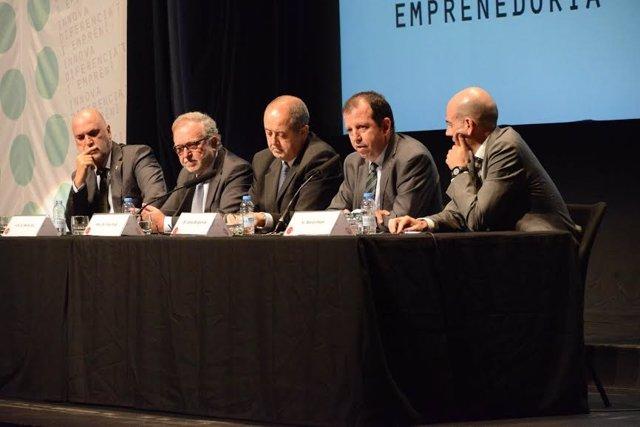 El conseller de Empresa y Empleo, Felip Puig, en una jornada sobre economía