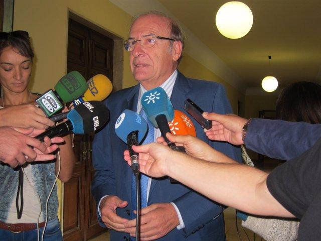 El alcalde de Huelva, Pedro Rodríguez.