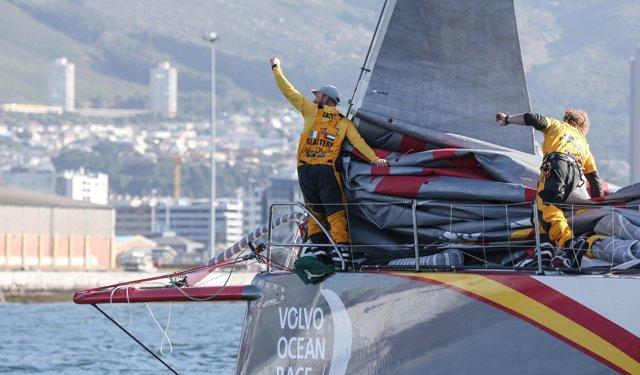 Abu Dhabi Ocean Racing Celebra Su Victoria En La Primera Etapa De La VOR