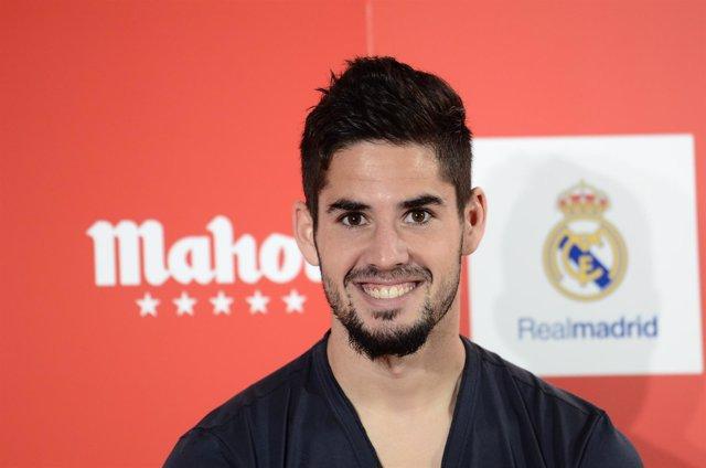 """Farncisco """"Isco"""" Alarcón presenta Futbol Stars, el juego de Mahou"""
