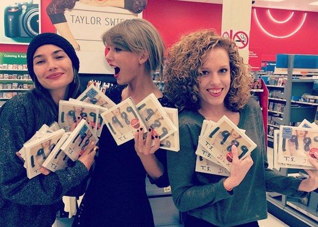 Taylor Swift y su CD, 1989, arrasan con 1,2 millones de copias en una semana