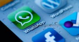 Internet reacciona a los ticks azules de WhatsApp: No han gustado mucho