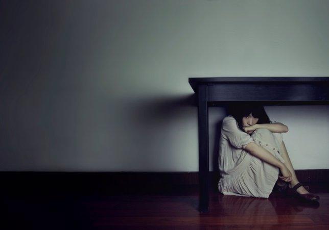Mujer, fobia social, miedo, timidez