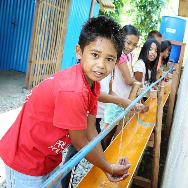 tareas de recontrucción Filipiona