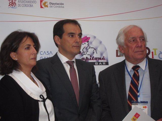 Isabel María Borrego, José Antonio Nieto y Carlos Espinosa de los Monteros