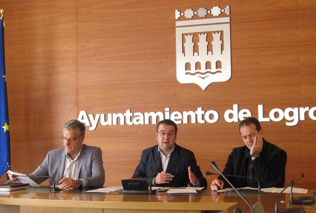 Merino, Royo e Ibáñez, en la rueda de prensa