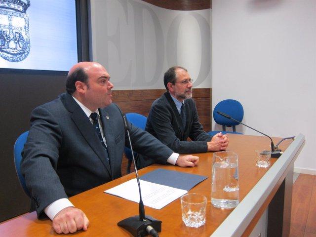 Caunedo (izquierda) y Fernández Blanco, durante la presentación de las jornadas.
