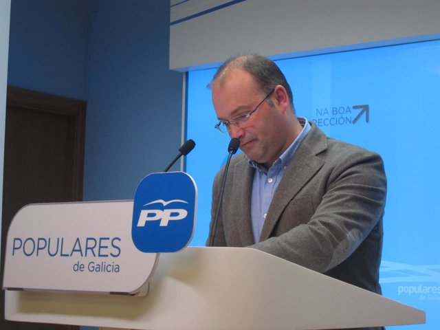 El portavoz del PPdeG, Miguel Tellado, en rueda de prensa