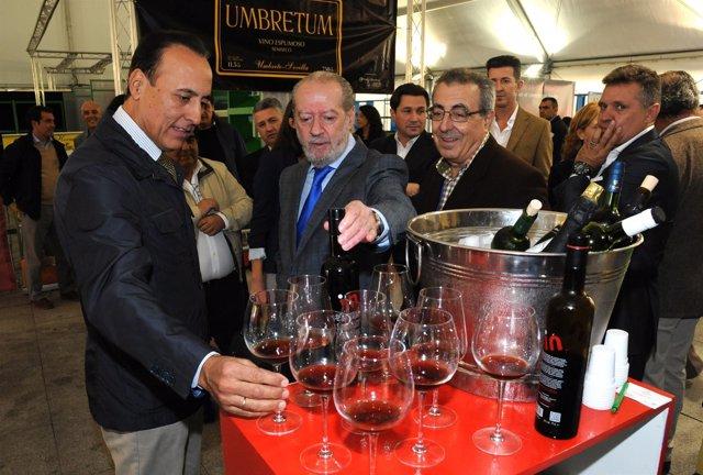 Visita a la feria de vinos y licores.