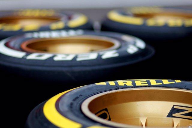 Neumáticos Pirelli blando y medio