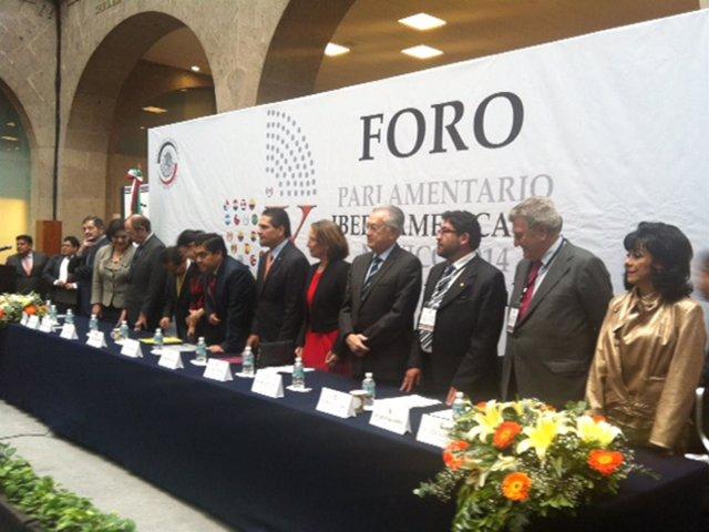 Posada en el X Foro Parlamentario Iberoamericano