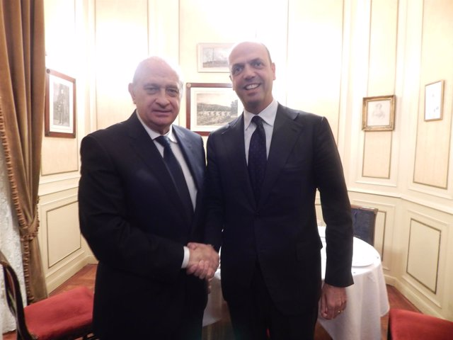 El ministro Fernández Díaz y su homólogo italiano Angelino Alfano