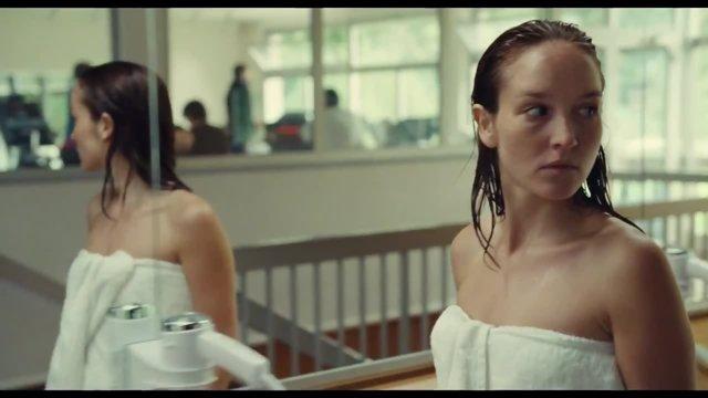 Imagen de la película 'Une nouvelle amie', que abre la 28ª edición de Cineuropa