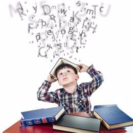 Dislexia, estudiando, letras, niño, libros