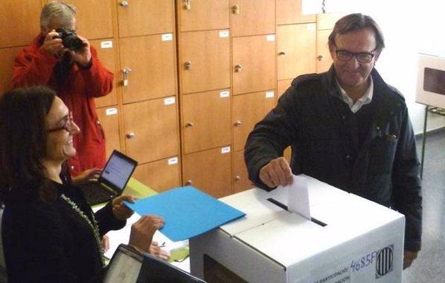 Vila d'Abadal participando en el 9N