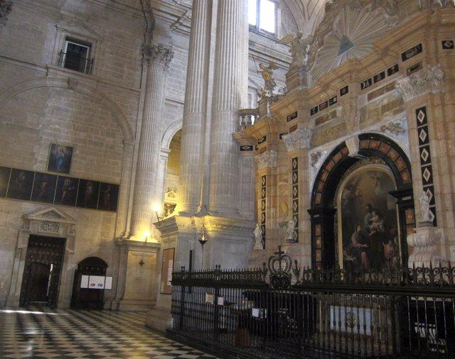 Vista del interior de la Catedral de Jaén.