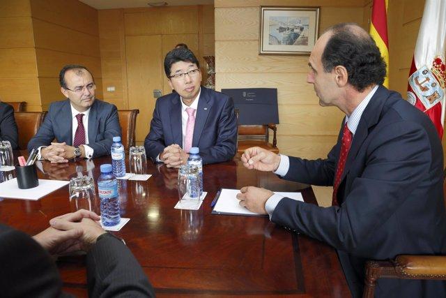 Reunión de Ignacio Diego con Kyung Hyeon, presidente de empresarios surcoreanos