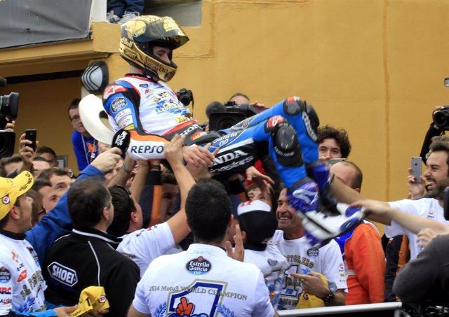 Moto3 Àlex Márquez celebración título campeón mundo
