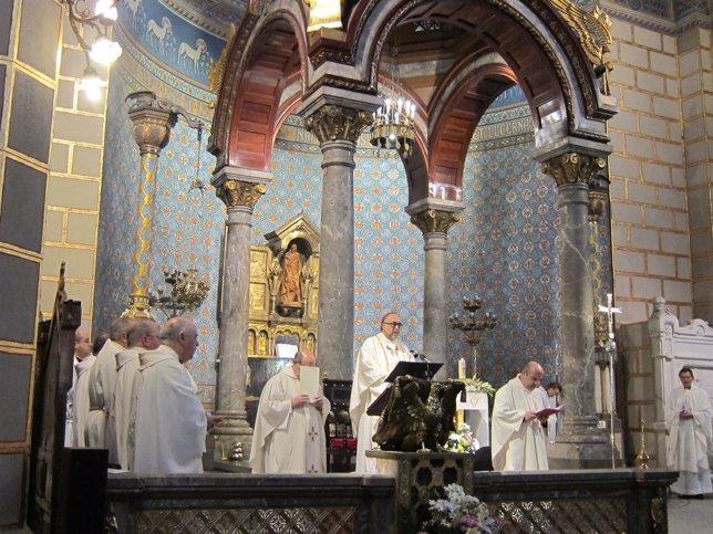 El Arzobispo de Oviedo, Jesús Sanz Montes,