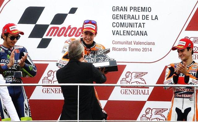 Alberto Fabra en la entrega de trofeos del GP