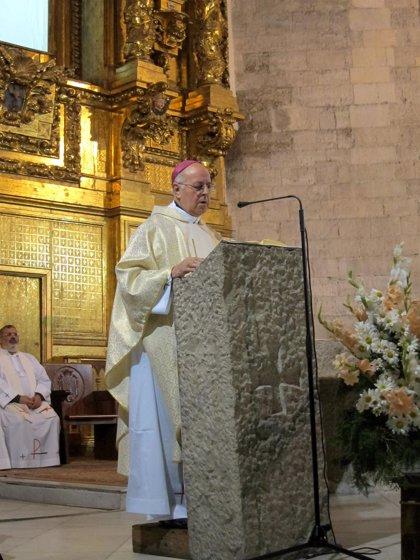 """Blázquez llama a no """"tergiversar"""" las palabras del Papa"""