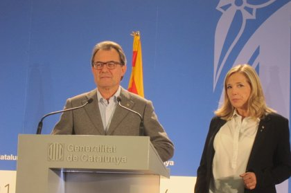 """Artur Mas proclama un """"éxito total"""" al superarse claramente los dos millones de votantes"""