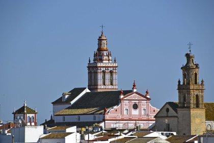 La iglesia Santa María la Blanca de Fuentes de Andalucía reabre en diciembre tras diez años cerrada
